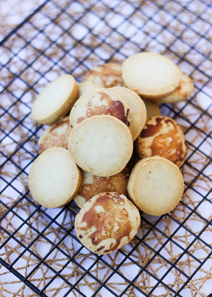 Galletas mantequilla y Gorgonzola con miel