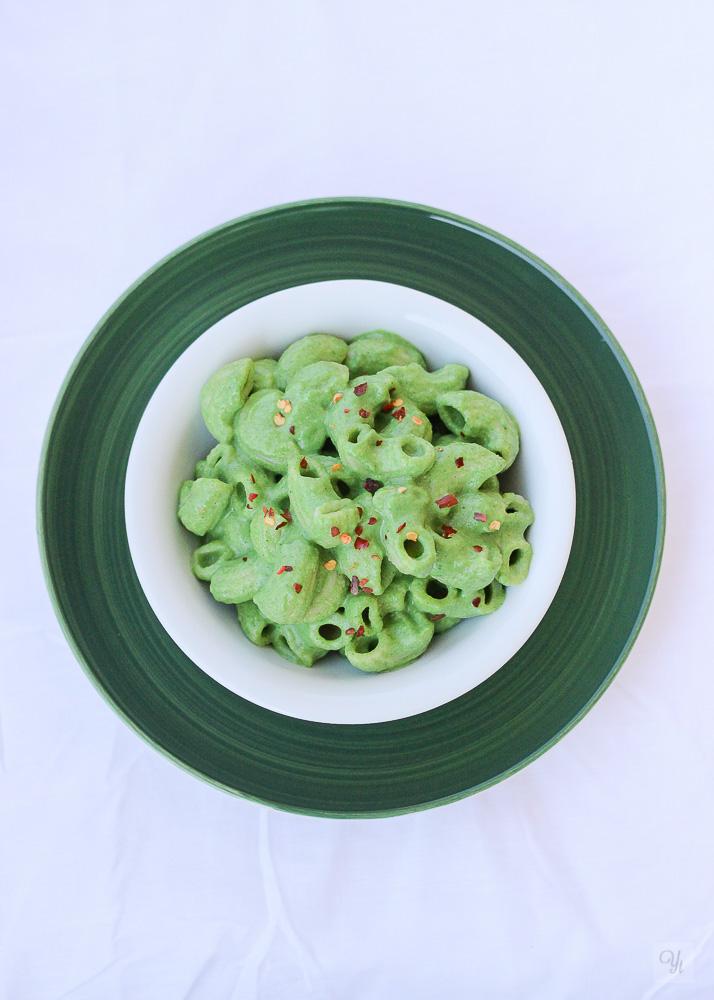 Pasta con espinacas y brócoli