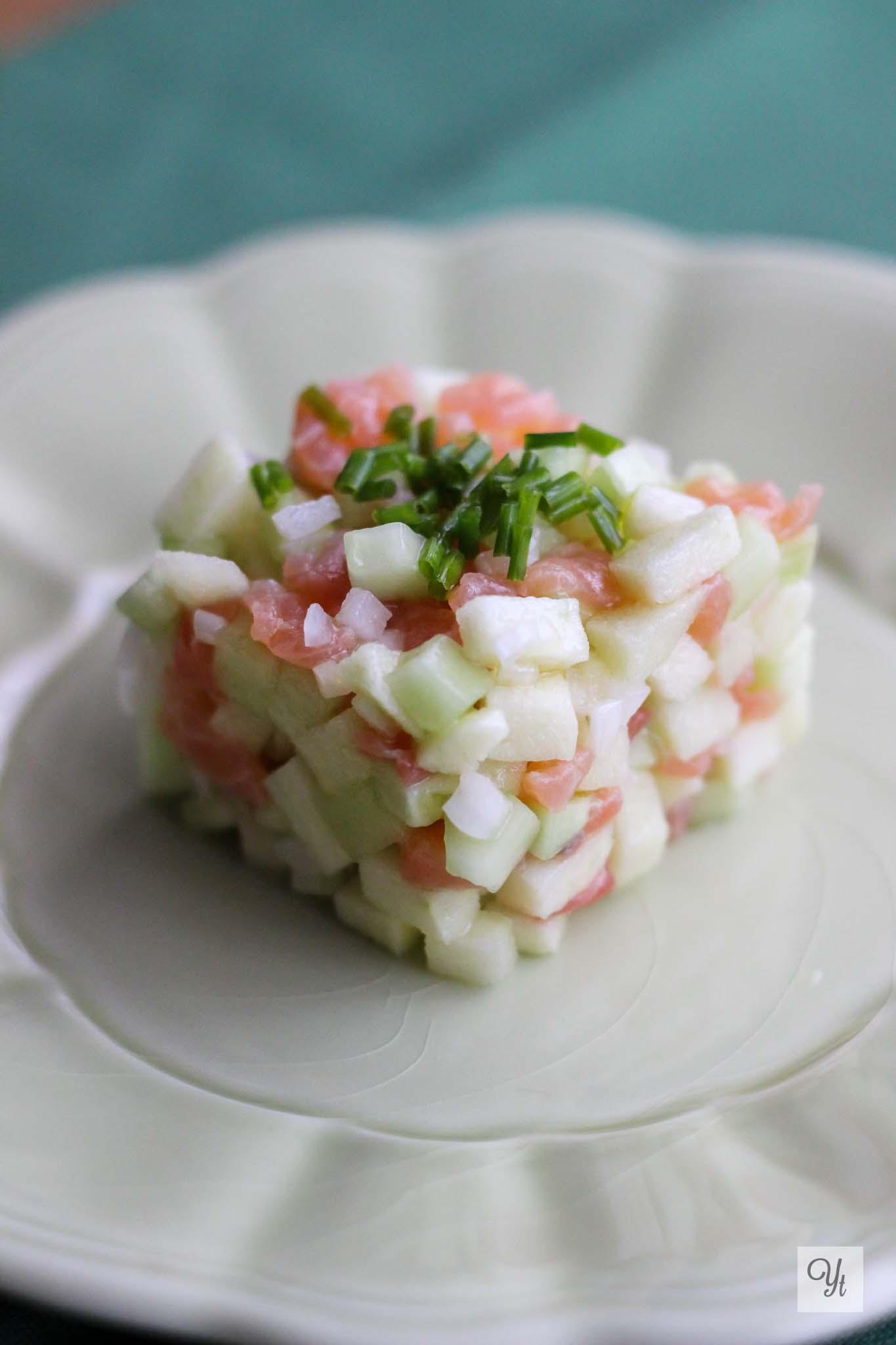 Tartar de manzana, salmón y pepino