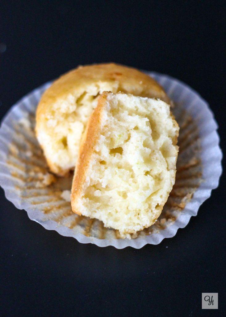 Magdalenas de coco y queso en crema